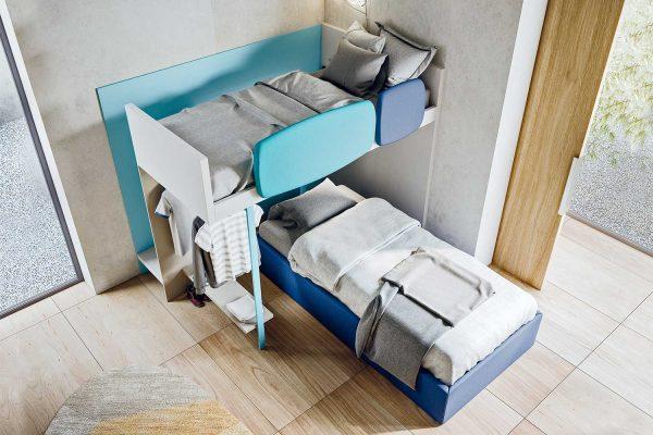 soppalco-moderno-colorato-per-cameretta-con-due-letti-singoli